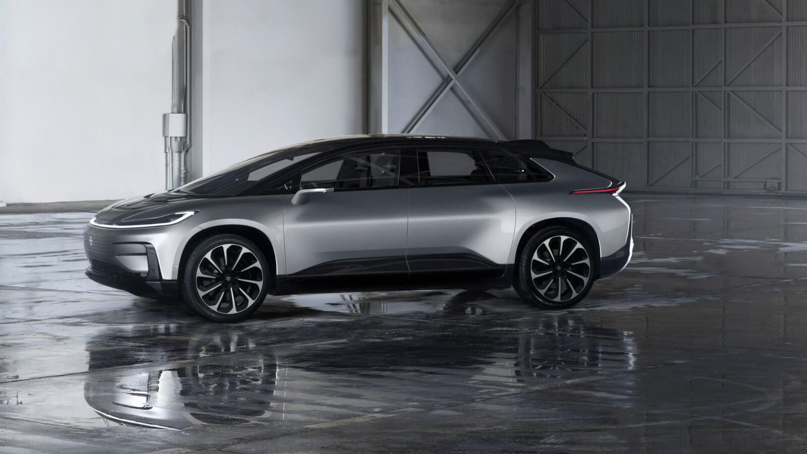 Energii elektromotorům mají poskytovat lithium-iontové baterie s kapacitou 130 kWh od LG Chem. Zdroj: Faraday Future