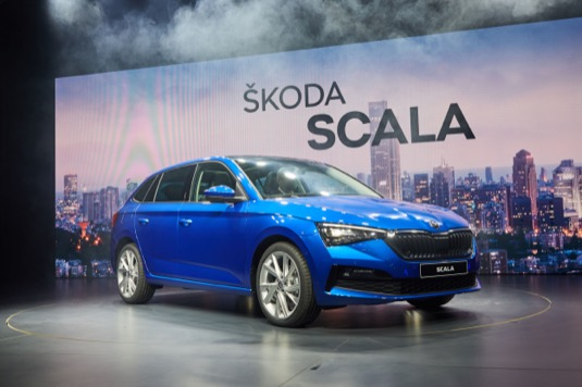 Škoda Auto ve světové premiéře v Tel Avivu představila nový model Scala. Nabídne pět motorizací, včetně CNG. Foto: Škoda Auto