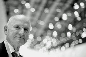 Rakouský průmyslník Ferdinand Piëch, který zásadním způsobem ovlivnil a posunul koncern Volkswagen. Zdroj: Volkswagen