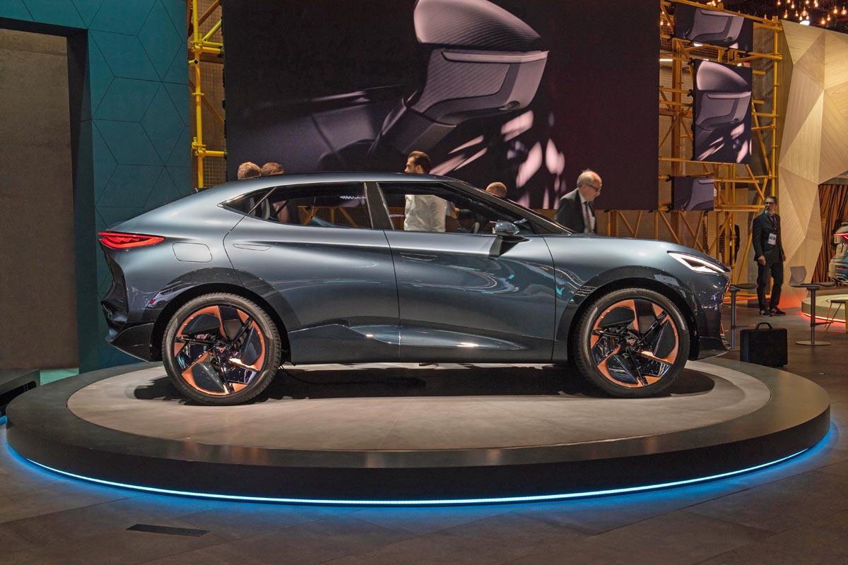 Studie Cupra Tavascan od Seatu naznačuje, jak bude vypadat podobně laděné SUV od Škody.
