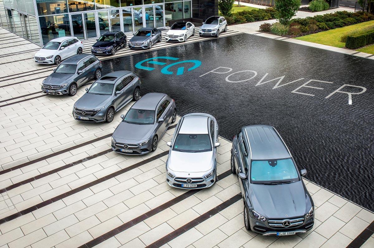"""Řada vozů Mercedes-Benz EQ s elektrický pohonem je již dnes velmi obsáhlá. """"My jsme připraveni,"""" říká Britta Seegerová z Daimleru."""