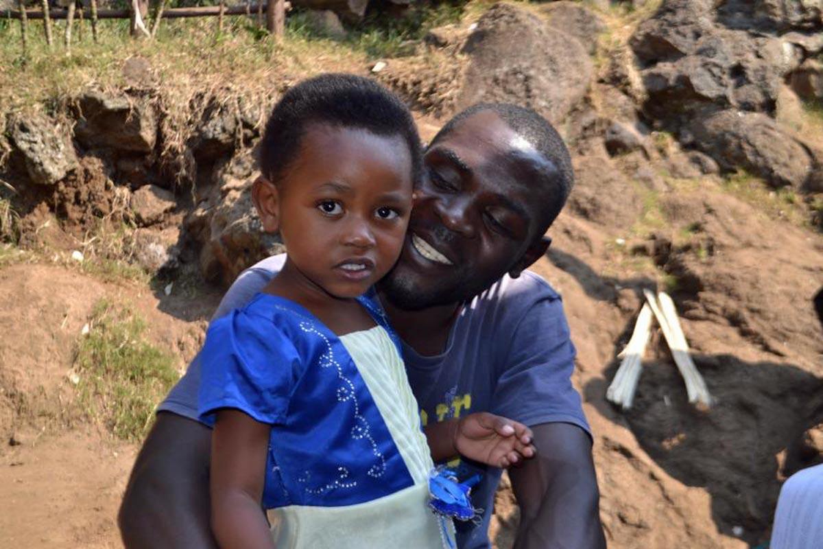 Randí s jedním otcem s dospívající dcerou